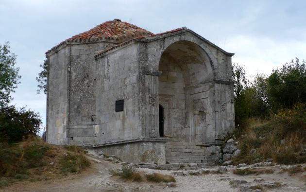 Mauzoleum w skalnym mieście