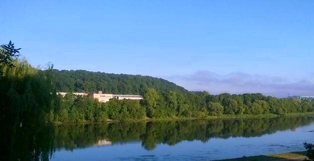 Nad Niemnem, czyli widok z mieszkania wynajętego przez Airbnb (Kowno, Litwa)