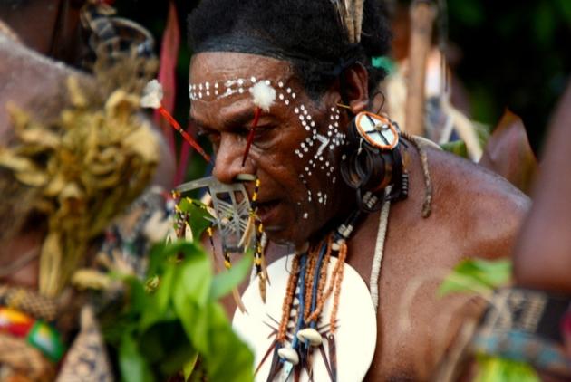 Taniec wojowników na Wyspach Salomona