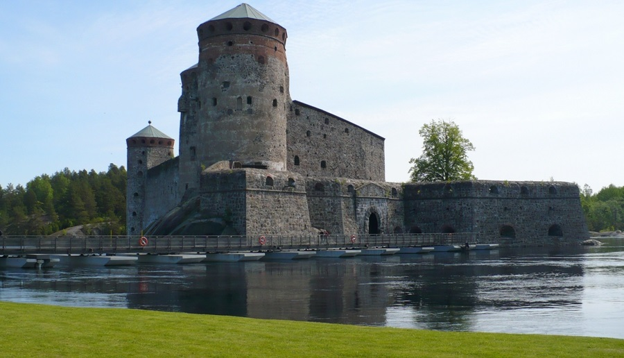 Zamek Świętego Olafa (Olavinlinna) w miejscowości Savonlinna
